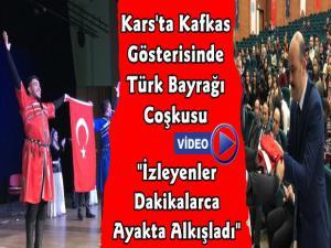 Kafkas Gösterinde Türk Bayrağı Coşkusu